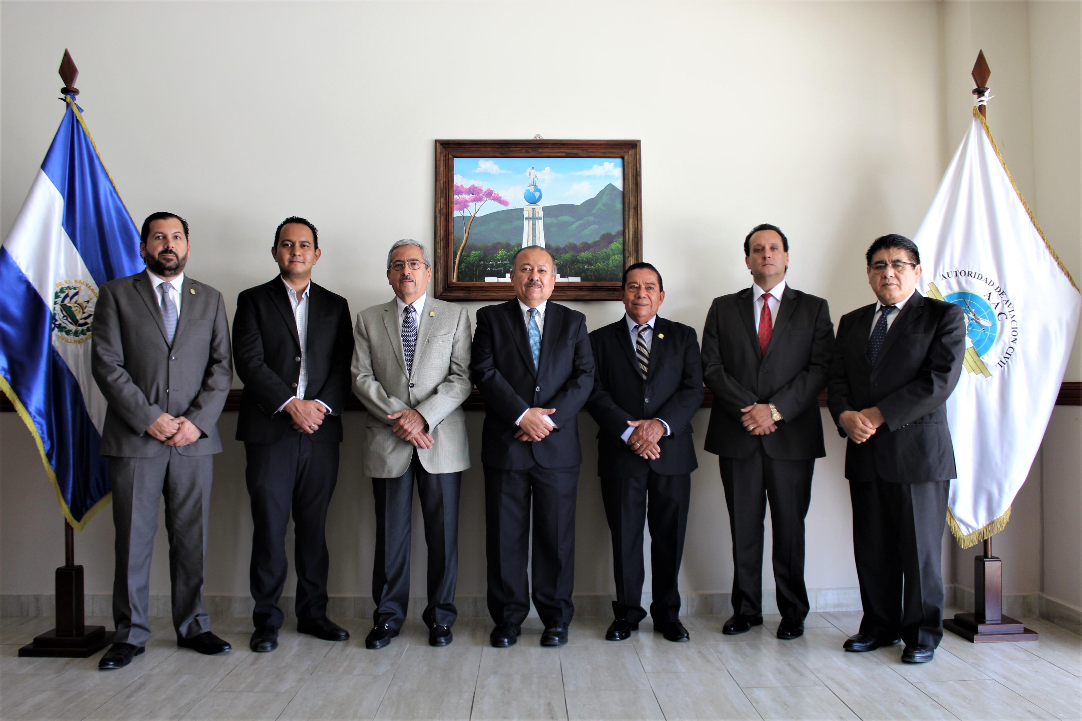 Miembros del Consejo Directivo de la Autoridad de Aviación Civil.